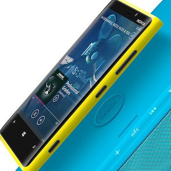 Nokia Bluetooth reproduktor MD-100W (JBL PowerUp), černá